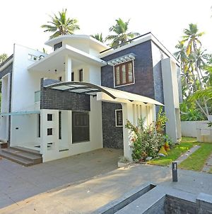 Luxurious Home Stay Near Trivandrum Airport photos Exterior