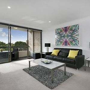 Newly Renovate Immaculate Cremorne One Bedroom Apartment Crem4 photos Exterior