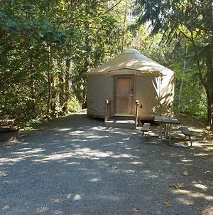 Tall Chief Camping Resort Yurt 6 photos Exterior