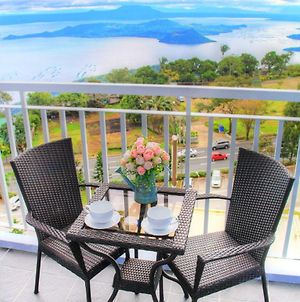 Taal View Room Tagaytay Staycation With Wifi photos Exterior