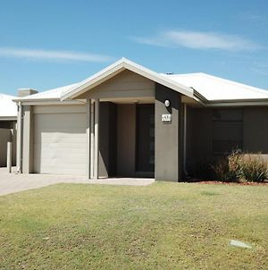 Mandurah Holiday Home photos Exterior