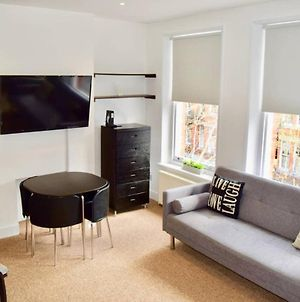 Gorgeous Studio In Trendy London Location photos Exterior