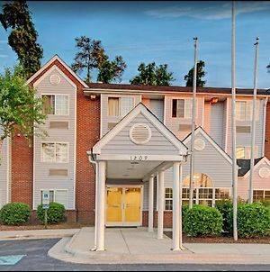Microtel Inn & Suites By Wyndham Raleigh photos Exterior