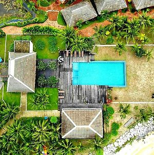 Lawana Escape Beach Resort photos Exterior