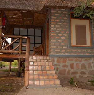 Irungu Forest Safari Lodge photos Exterior