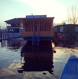 Houseboat Young Snow View Front Line Dal Lake photos Exterior