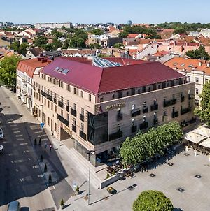 Amberton Cathedral Square Hotel Vilnius photos Exterior