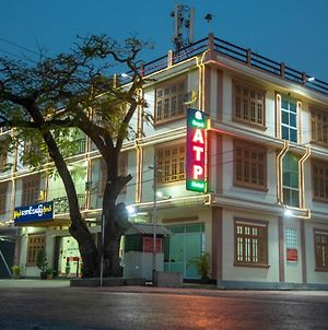 Royal Aung Tha Pyay Hotel photos Exterior