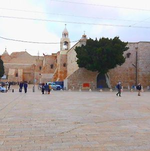 2 Minutes Walk From The Center Of Bethlehem photos Exterior