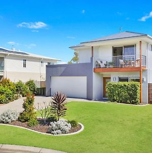 53 Northbeach Place, Mudjimba photos Exterior