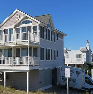 Beach Haven Gardens Oceanfront 1St Floor Duplex Beautiful Oceanviews From Covered Deck Walking Distance To Shops, Pubs And Resturants 136724 photos Exterior