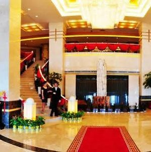 Zhongwei Jinzhou Green Lake Hotel photos Exterior