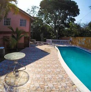 Gorgeous 6 Bedroom House Bbq Pool And Relax- Walk 2 Beach photos Exterior