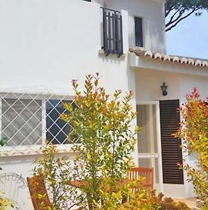 Vale Do Lobo Villa Sleeps 6 Air Con Wifi T607859 photos Exterior