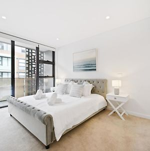 Brand New Ultra Luxe Apartment In The Centre Of Conveniences photos Exterior