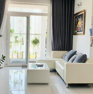 2 Bedrooms Full Furnitured Apartment In Ho Chi Minh photos Exterior