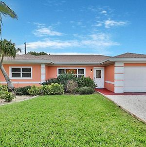 Cocoa Beach Bungalow photos Exterior