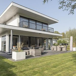 Modern Villa In Harderwijk With Jacuzzi photos Exterior