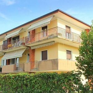 Holiday Home In Lazise With Lake Nearby photos Exterior