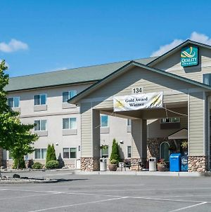 Quality Inn & Suites At Olympic National Park photos Exterior