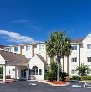 Microtel Inn & Suites By Wyndham Brunswick photos Exterior