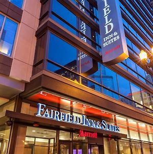 Fairfield Inn & Suites Chicago Downtown/River North photos Exterior