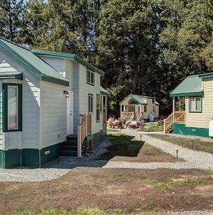 Sheltered Nook On Tillamook Bay photos Exterior