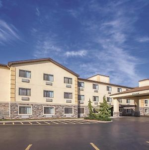 La Quinta Inn & Suites By Wyndham Erie photos Exterior