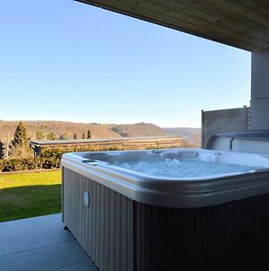 Luxurious Cottage In Awan With Sauna And Jacuzzi photos Exterior