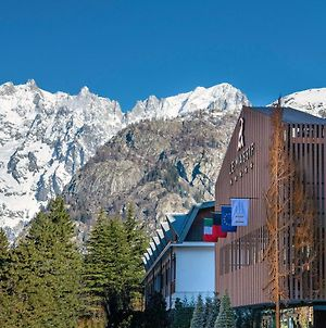 Le Massif - The Leading Hotels Of The World photos Exterior