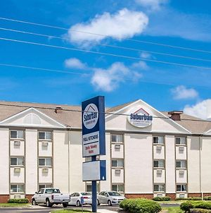 Suburban Extended Stay Hotel Melbourne Airport photos Exterior