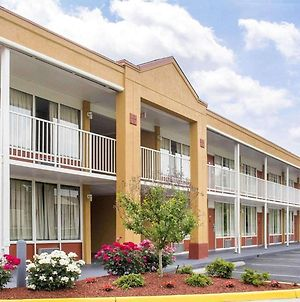 Quality Inn Fredericksburg Near Historic Downtown photos Exterior