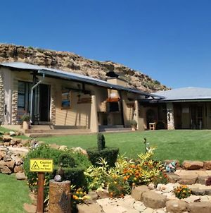 Thaba Lapeng Mountain Escape photos Exterior