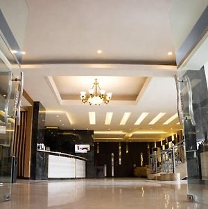 Karlita Hotel Tegal photos Exterior