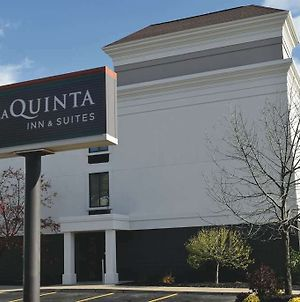 La Quinta Inn & Suites By Wyndham Jamestown photos Exterior