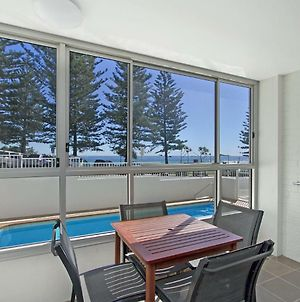 Rainbow Pacific Unit 1 Great Value Right On The Beach In Rainbow Bay Coolangatta photos Exterior