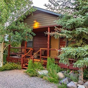 Fireside Cabins photos Exterior