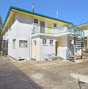 Aberdeen Flat 3 - Central Rainbow Bay, Walk To Beaches, Clubs, Shops And Cafes. photos Exterior