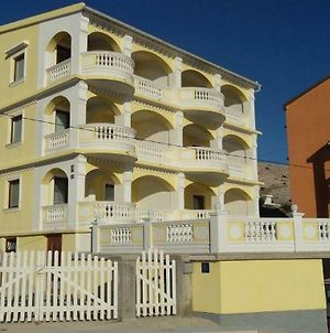 Apartments With A Parking Space Pag - 16394 photos Exterior