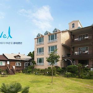 Tongyeong Paper Island Pension photos Exterior