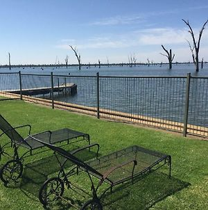 Mulwala Lakeside Waterfront photos Exterior