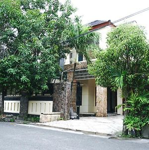Green Surabaya Homey photos Exterior
