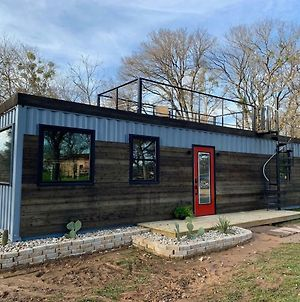 Beautiful New Container Home 12 Min. To Magnolia photos Exterior