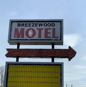 Breezwood Motel photos Exterior