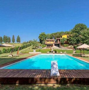 Sunny Tuscan Cottage On Pratomagno Mountain With Orchards photos Exterior