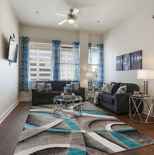 Rockina€™ Downtown Nola! High Rise Condo Sleeps 4! photos Exterior