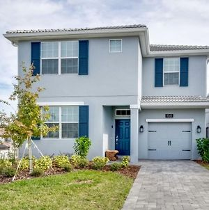 The Ultimate Guide To Renting Your Luxury 6 Bedroom Villa On Champions Gate Resort Orlando Villa 2540 photos Exterior