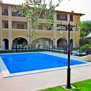 Salo Ruhiges Apartment Monica Fur Max. 6 Personen Mit Pool photos Exterior