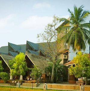 Avasta Resort And Spa photos Exterior