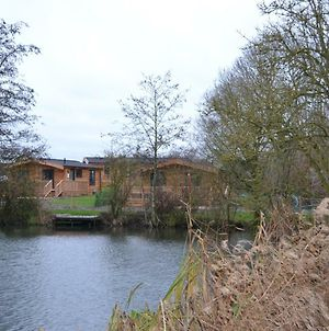 The Chiltern Lodges At Upper Farm Henton photos Exterior